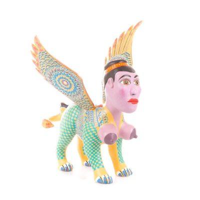 Alebrije mexicano de copal en forma de Nahual