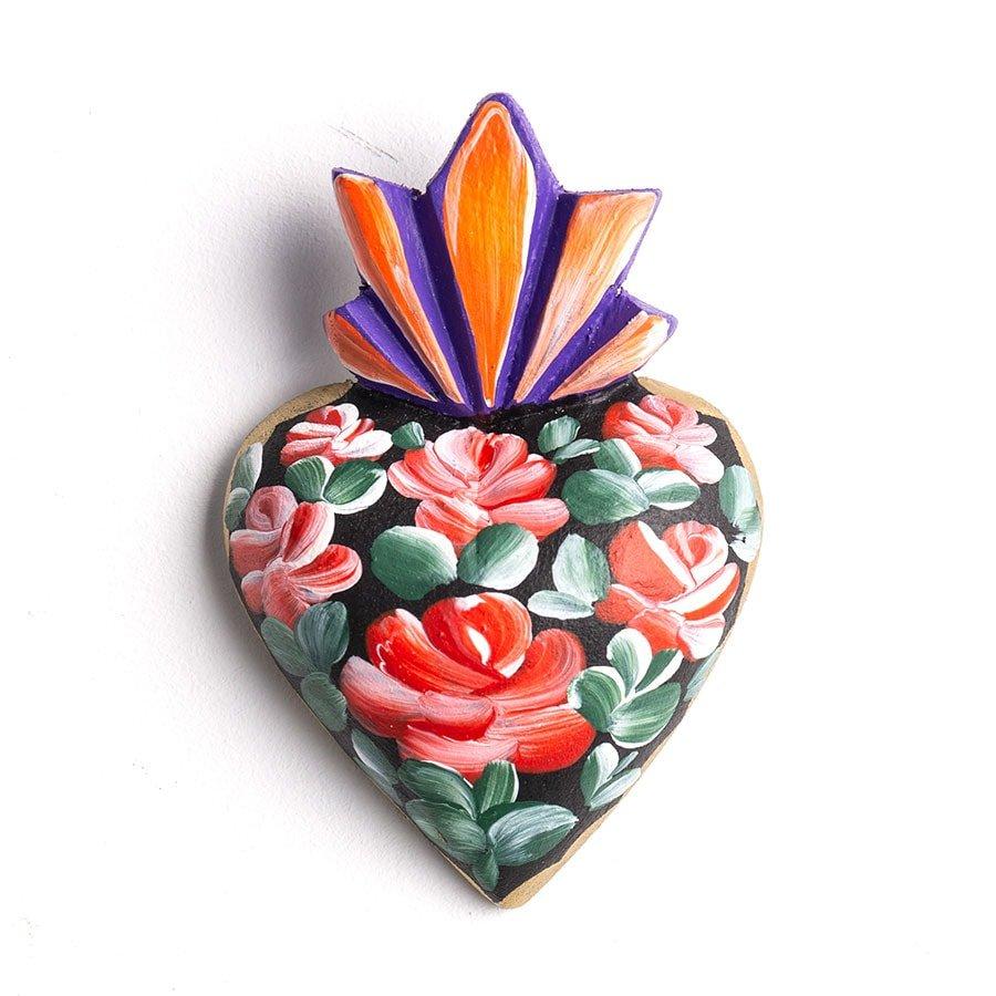 Corazón de madera pintado pequeño